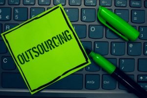 5 benefits of outsourcing IT through managed services